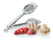 "Product Image. Title: Paderno World Cuisine 3"" Dia. Stainless Steel Mushroom Cutter"