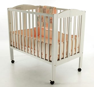 Dream On Me 3 in 1 Folding Portable Crib - White
