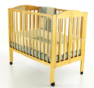 Dream On Me, 3 in 1 Folding Portable Crib, Natural