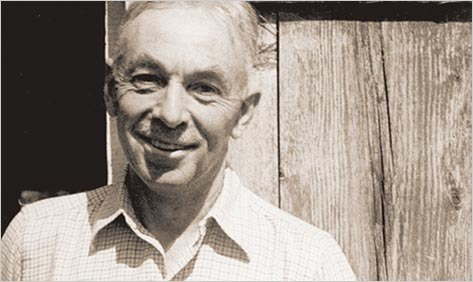 the essays of e.b. white The question of what makes a great essay is an inexhaustible source of fascination, and there is hardly a greater master virtuoso at it than eb white (july 11, 1899.